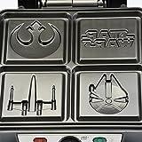 Star Wars LSW-281CN 4-Waffle Maker, 4 Slice, Black