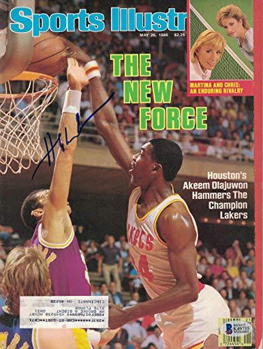 Rockets Hakeem Signed Olajuwon - Hakeem Olajuwon Signed Houston Rockets Sports Illustrated 5/26/86 BAS