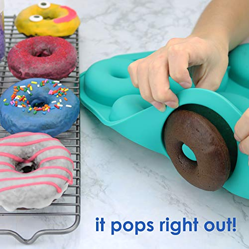 Large Donut Pan Super Non-Stick Silicone, Makes 9 Full Size Donuts, BPA Free, FDA & German LFGB Approved   Oven, Dishwasher and Freezer Safe Doughnut Mold, Bagel Pan with Bonus Recipe Card & Gift Bag by Wappa (Image #5)