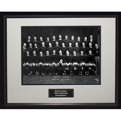 NCAA Notre Dame Fighting Irish 1924 National Championship Team Portrait Framed 16x20 Photo by Steiner Sports