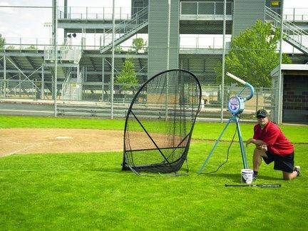 jugs small ball pitching machine - 4