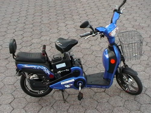 Electric moped bikes scooter style 2 adult seats pedal for Where can i buy a motor scooter