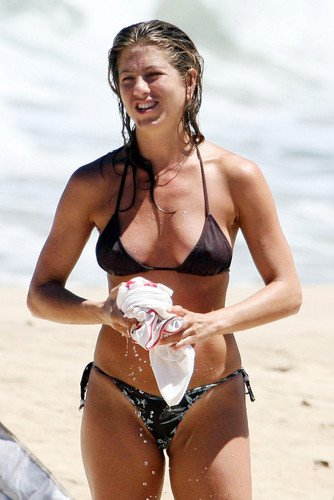 Jennifer Aniston On Beach In Sexy Bikini Wet Hair 24x36 Poster At Amazons Entertainment Collectibles Store