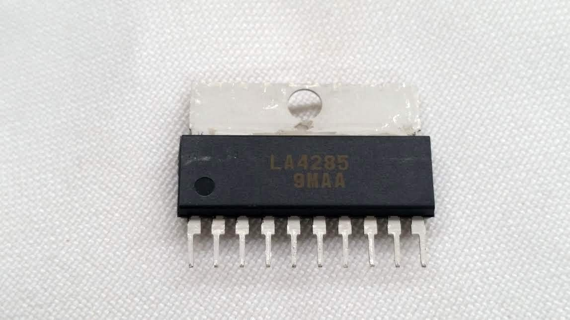 LA4285 IC Integrated Circuit: Amazon.com: Industrial ...