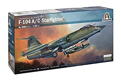 Italeri 1:32 2504 F-104 AC STARFIGHTER MODEL AIRCRAFT KIT by Italeri