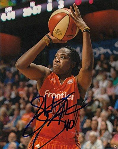 (SHEKINNA STRICKLEN signed (CONNECTICUT SUN) WNBA basketball 8X10 photo W/COA #1 - Autographed WNBA Photos)