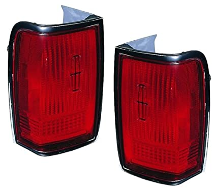 Amazon Com 1990 1997 Lincoln Town Car Tail Lights Without Emblem