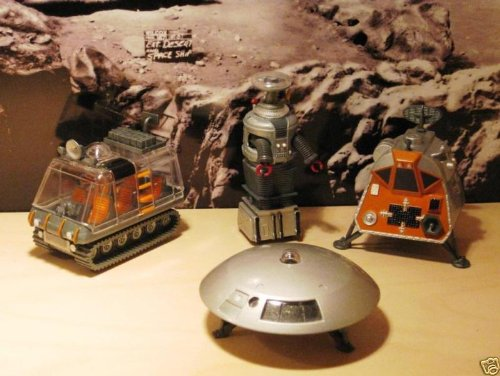 (LOST In SPACE Diecast Jupiter 2 Robot Space Pod Chariot)
