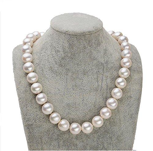 Rakumi Fine AAAA 10-11mm Round White Freshwater Cultured Pearl Pearl Necklace (10mm White Round Pearl Necklace)