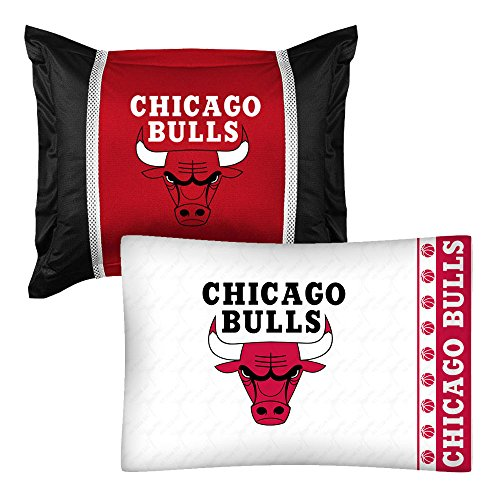 2pc NBA Chicago Bulls Pillowcase and Pillow Sham Set Basketball Team Logo Bedding Accessories Chicago Bulls Pillow