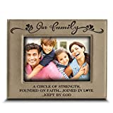 BELLA BUSTA - ''Our Family A CIRCLE OF STRENGTH FOUNDED ON FAITH. JOINED IN LOVE .KEPT BY GOD - Engraved Leather Picture Frame (4'' x 6'' Horizontal)