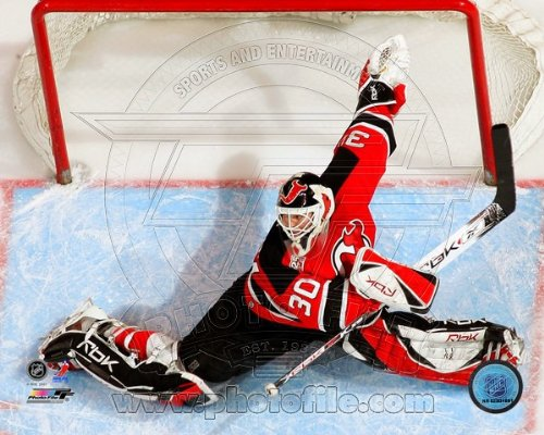 Martin Brodeur New Jersey Devils NHL Action Photo 8x10 #108 (Brodeur Martin Memorabilia)