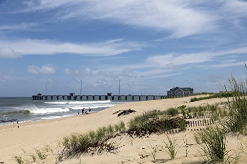 Photo | Jennette's Pier in Nags Head, a community on North Carolina's Outer Banks, a 200-mile-long string of barrier islands and splits off the coast that locals like to call the