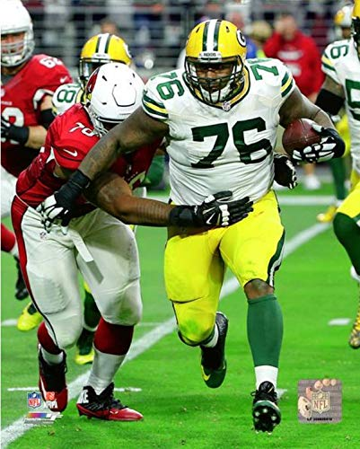 """Mike Daniels Green Bay Packers Action Photo (Size: 8"""" x 10"""")"""