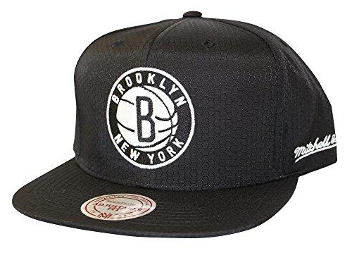 Mitchell And Ness Men's NBA Brooklyn Nets Black Ripstop Honeycomb Snapback