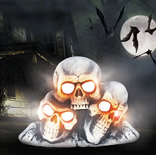 Halloween Light Up Fogging Skull