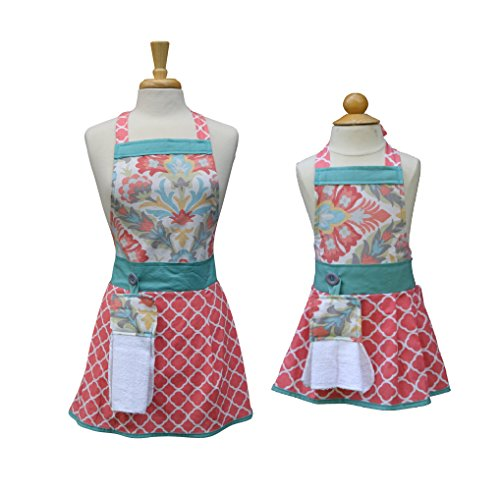 Mom Daughter aprons, Mother Daughter matching aprons, Mommy Daughter apron set, The Bedford Life, Kids / Girls S M L (Age 2-13 ) , Kitchen aprons, cooking aprons, baking aprons by The Bedford Life