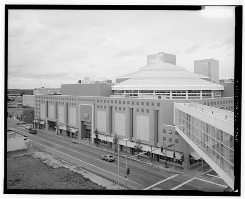 Photo: Fifth Avenue Mall,Fifth Avenue & C - Map Mall Avenues