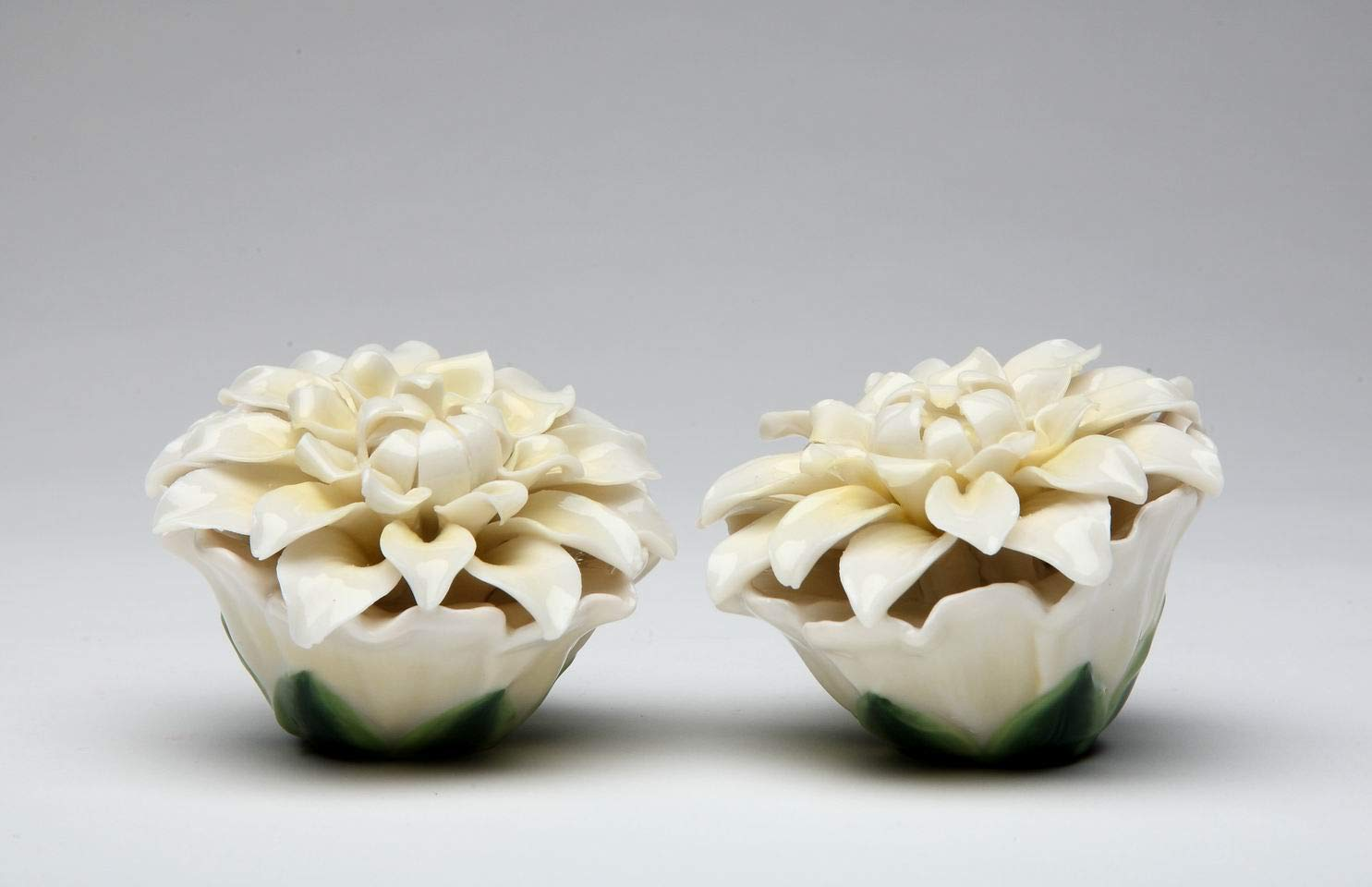 2.5 Inch Yellow and Purple Pansy Flowers Salt and Pepper Shaker Set StealStreet SS-CG-20734