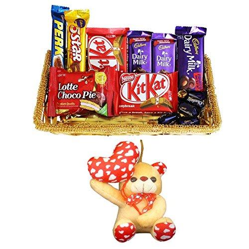 Sfu E Com Valentine Chocolate Gift Basket 79 Amazon In Grocery