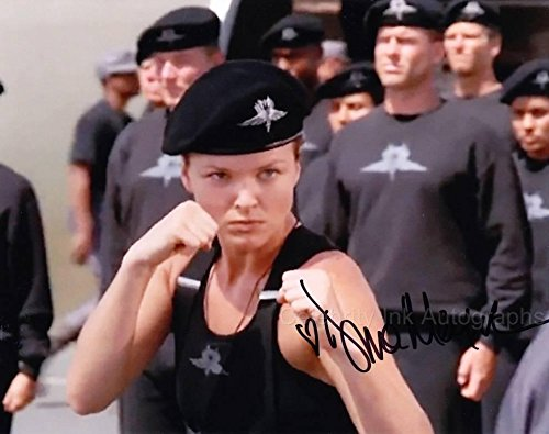 DINA MEYER as Dizzy Flores - Starship Troopers GENUINE AUTOGRAPH from Celebrity Ink