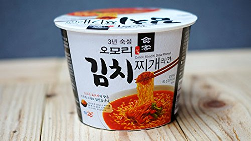 Korean Hot and Spicy Best Noodle (Omori Kimchi Stew Noodle Bowl - 16 Pack) by Hot and Spicy