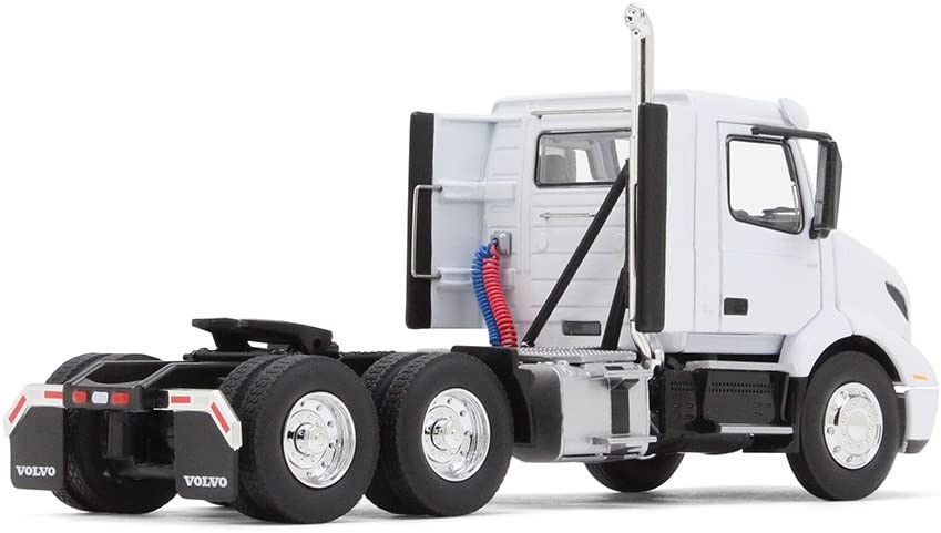 VOLVO VNR 300 DAY CAB WHITE 1//50 DIECAST MODEL CAR BY FIRST GEAR 50-3366