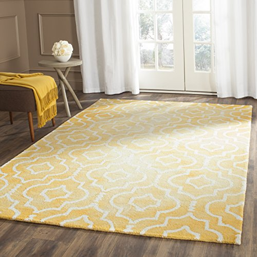 Safavieh Dip Dye Collection DDY538H Handmade Geometric Moroccan Watercolor Gold and Ivory Wool Area Rug (4′ x 6′)