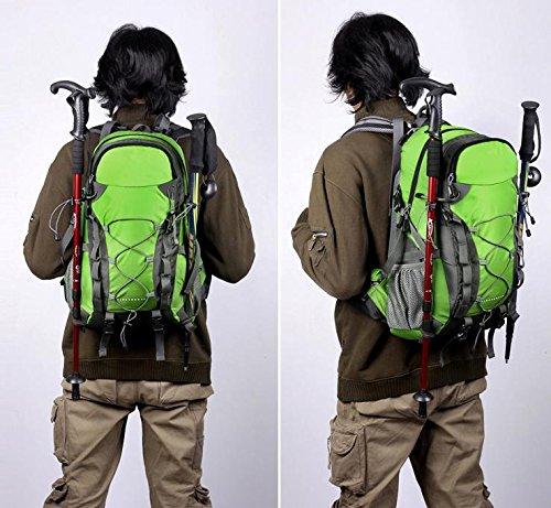 Un equipo de mochila al aire libre senderismo de nuevo día senderismo camping capacidad impermeable de los hombres , green Green