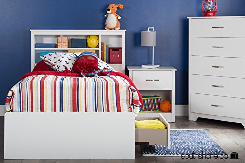 South Shore Fusion 5-Drawer Chest, Pure White - SPACIOUS STORAGE: Tall chest has 5 generous drawers to organize clothes, bedding or towels TRANSITIONAL DESIGN: Clean, simple lines are complemented by a shaped kick plate and delicately grooved handles VERSATILE ACCENT: Crisp white finish blends and coordinates with any color scheme and décor - dressers-bedroom-furniture, bedroom-furniture, bedroom - 51reYpLe8GL -