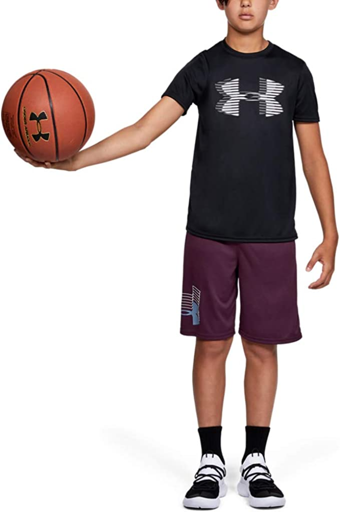 Under Armour boys Tech Big Logo Solid T-Shirt, Black (001)/Steel, Youth Small