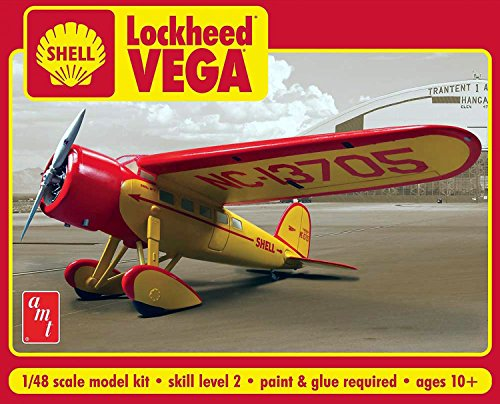 AMT AMT950 1:48 Scale Shell Oils Lockheed Vega Plastic Model