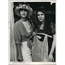 1990 Press Photo Sharon Gless and Lisa Rieffel in The Trials of Rosie O'Neill.
