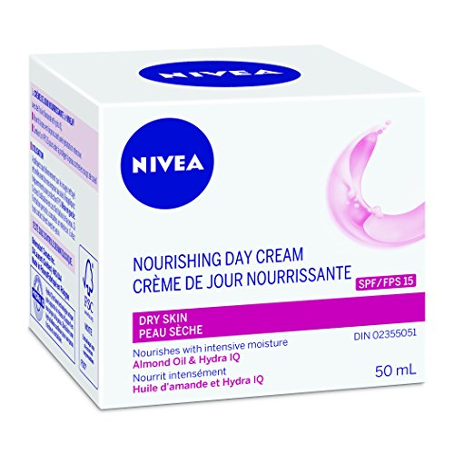 NIVEA Nourishing Day Care SPF15, 50mL
