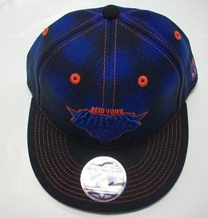 Amazon.com   New York Knicks Flat Bill Fitted Hat by Adidas - L XL ... 39cb0adf1