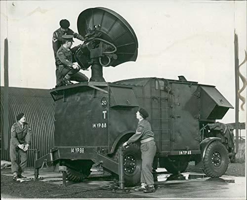 Vintage photo of Army: Radar ()