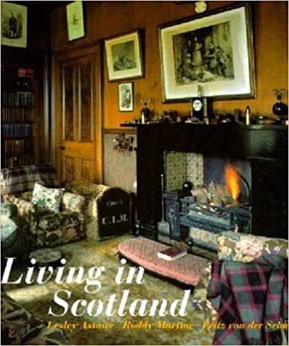Book Living in Scotland by Lesley Astaire (1997-06-23)
