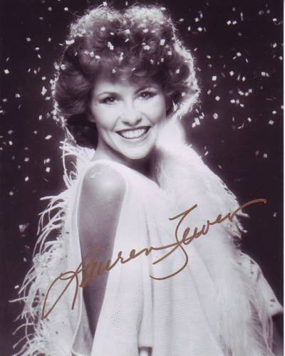 LAUREN TEWES signed autographed THE LOVE BOAT JULIE MCCOY photo