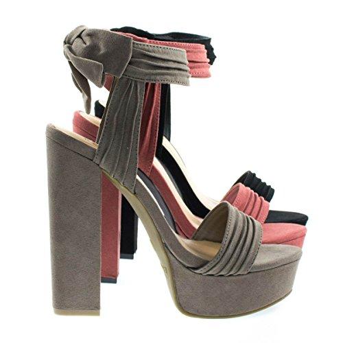 Tournament18m Taufs Chunky Block Heel Sandal On Platform W Ruffle   Rear Bow D Cor  7 5