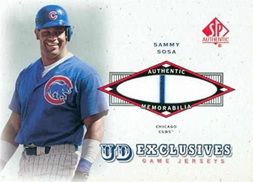 (Sammy Sosa player worn jersey patch baseball card (Chicago Cubs) 2001 Upper Deck UD Exclusives #UDSS)