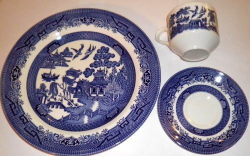 Churchill Blue Willow 3 Piece Dinner Set, Plate, Cup, Saucer