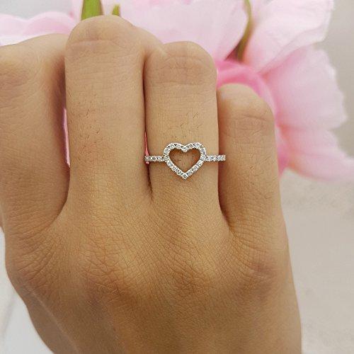 0.18 Carat (ctw) 14K Gold Round Diamond Ladies Bridal Heart Shaped Promise Engagement Ring