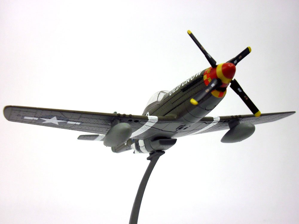 Amazon.com: North American P-51 Mustang 1/72 Scale Diecast ...