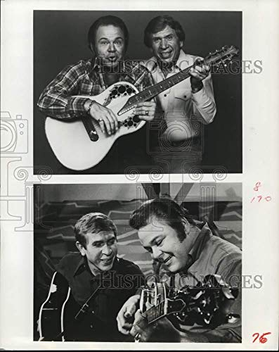 1978 Press Photo Singers Roy Clark and Buck Owens - hca79592 (Singer Buck Owens)