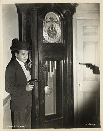 little-caesar-1930-vintage-original-gelatin-silver-8-x-10-ft-robinson-pointing-gun