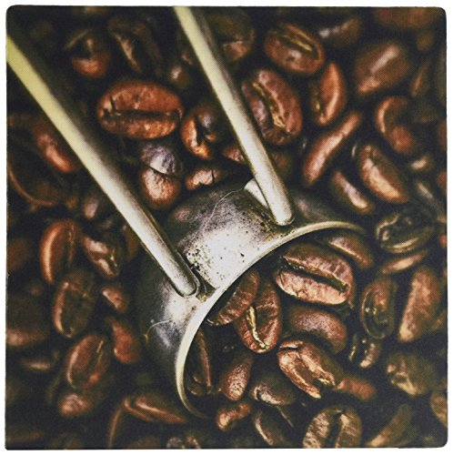 3dRose LLC 8 x 8 x 0.25 Inches Mouse Pad, Coffee Grinder and Beans Close-Up (mp_100458_1)
