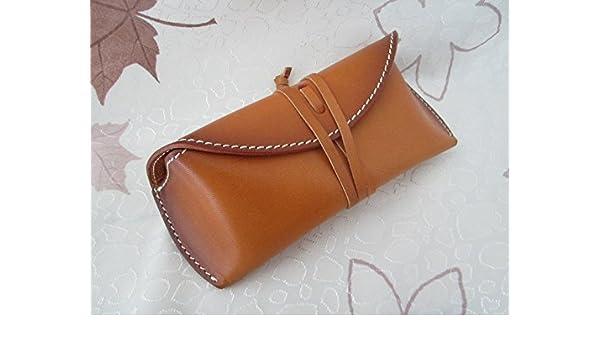 166e48ec423a Amazon.com  Sunglasses Leather Case