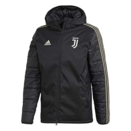 f07277f27aa7 Amazon.com   adidas 2018-2019 Juventus Winter Jacket (Black)   Sports    Outdoors
