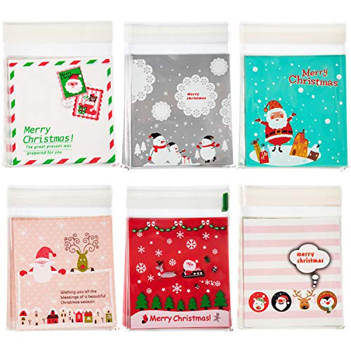 Boao 300 Pieces Christmas Cellophane Bags Christmas Candy Bags Cookie Bags Snack Bags Gift Bags for Christmas Decor, Bakery, Christmas Party, with 6 Different Patterns
