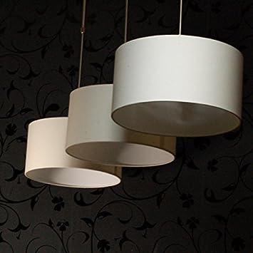 Lampe mit vielen schirmen fabulous lampe mit mehreren for Lampe mit mehreren schirmen
